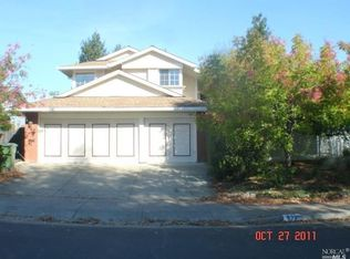 933 Buckingham Dr , Windsor CA