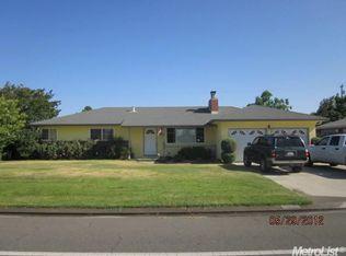 2118 Yosemite Ave , Escalon CA