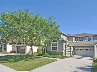 11 White Oak Way , Novato CA
