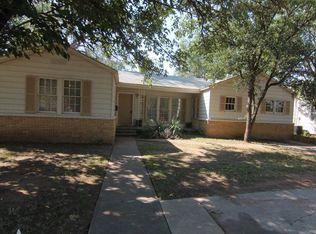 3017 30th St , Lubbock TX