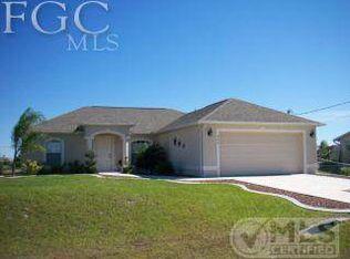 806 Yvonne Ave N , Lehigh Acres FL