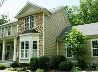 6566 Chimney Oaks Ct , Marshall VA