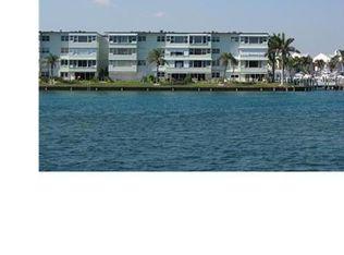 2758 NE 30th Ave Apt 2C, Lighthouse Point FL