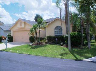 1043 Fairfax Cir W , Boynton Beach FL