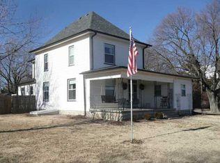 603 S Elm St , Whitewater KS