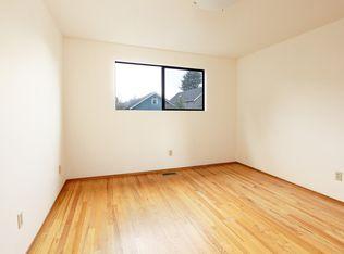 109 N 51st St , Seattle WA