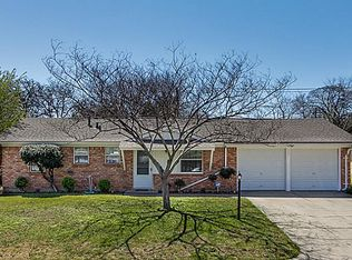 307 Bowles Ct , Kennedale TX