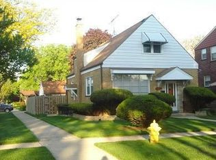 901 Hull Ave , Westchester IL