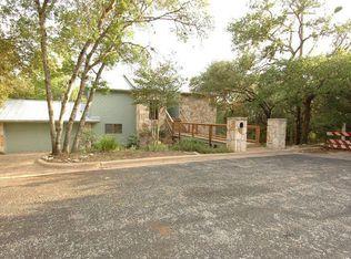 3907 Bowhill Dr , Austin TX