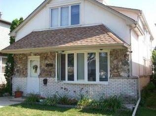 7531 W Winona St , Harwood Heights IL