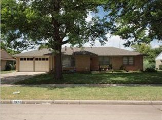 2920 E Aloma St , Wichita KS