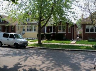 4177 W Barry Ave , Chicago IL