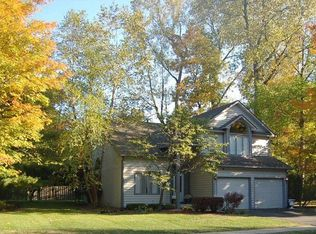 758 Timber Mill Ln , Indianapolis IN