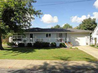 103 N 2nd St , Roanoke IL