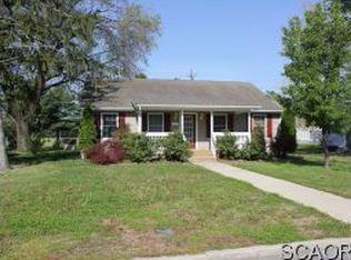 404 Oak Rd , Seaford DE