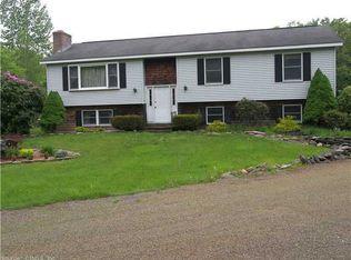305 Village Hill Rd , Willington CT