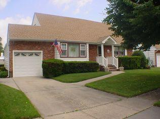 101 Twinlawns Ave , Hicksville NY