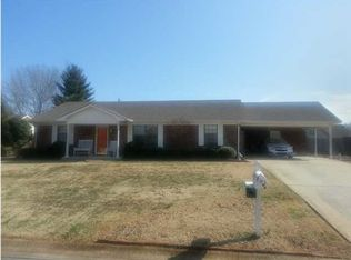 504 Hickory Ave , Muscle Shoals AL