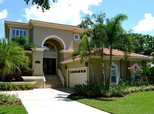 2612 S Bryant Cir , Tampa FL