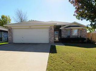 6758 Prairie Hill Rd S , Fort Worth TX