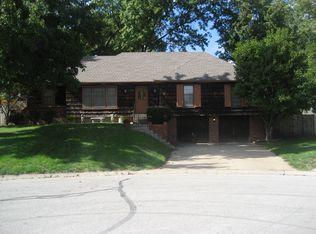 5918 Earnshaw St , Shawnee KS
