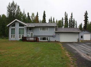 2630 Carrie Lynn Dr , North Pole AK