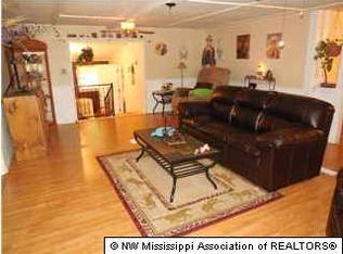 879 Bundrum Rd , Coldwater MS