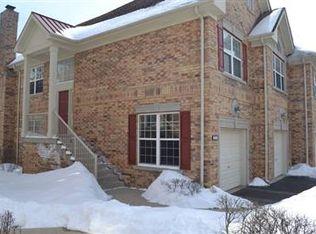 1259 Christine Ct , Vernon Hills IL