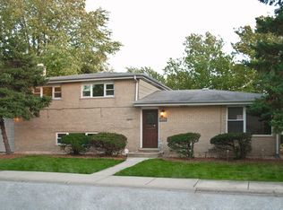 1246 King Dr , South Holland IL