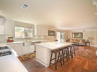 1081 Huntridge Rd , Santa Ana CA
