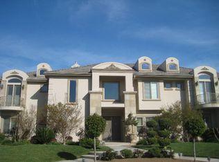 2281 W Thomason Pl, Fresno, CA 93711