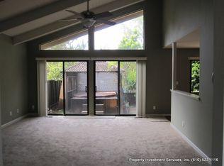 Porta Ballena, Alameda, CA 94501