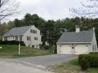 2 Hedgerow Dr , Cumberland ME