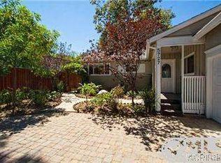 5727 Babbitt Ave , Encino CA