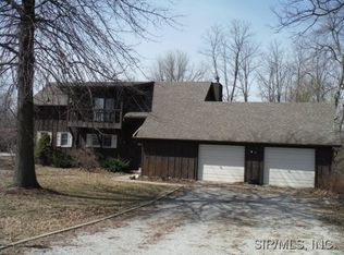 2907 Airport Rd , Godfrey IL