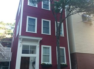 42 Auburn St , Boston MA