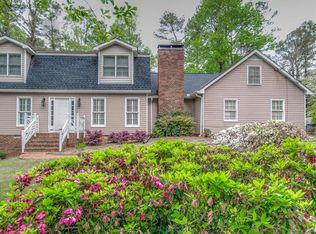 1060 N Point Dr , Roswell GA