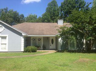 1054 Green Ridge Rd , Cataula GA
