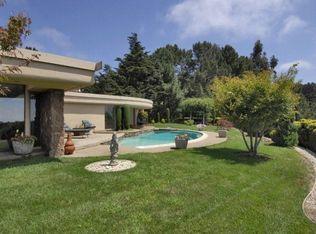 5588 Fernhoff Rd, Oakland, CA 94619