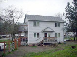 241 Adams St , Myrtle Creek OR