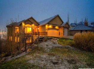 270 Templeview Dr, Bountiful, UT 84010