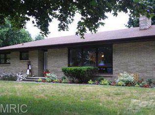 1404 Wilson Rd , Saint Joseph MI