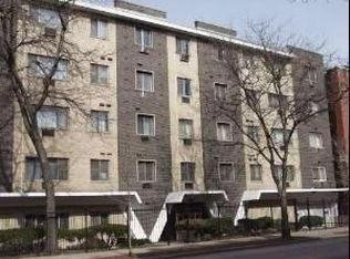 1060 W Hollywood Ave Apt 105, Chicago IL