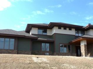 5092 Aspen Valley Ct, Middleton, WI 53562