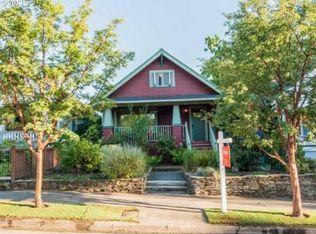 2928 SE Francis St , Portland OR