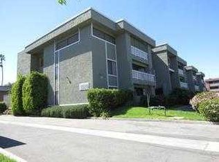 1020 E Washington Ave Apt 88, Escondido CA