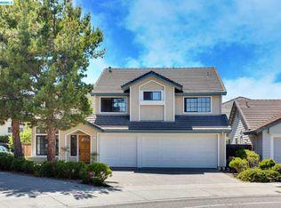1 Ross Rd, Alameda, CA 94502