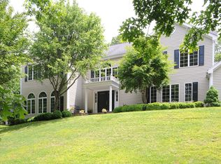 203 Bald Hill Rd , New Canaan CT