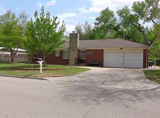 1403 W 33rd St N , Wichita KS