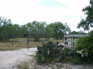 4242 County Road 308 , Orange Grove TX